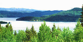 Canim lake bc resorts lodging fishing on canim lake for Red lake ice fishing resorts